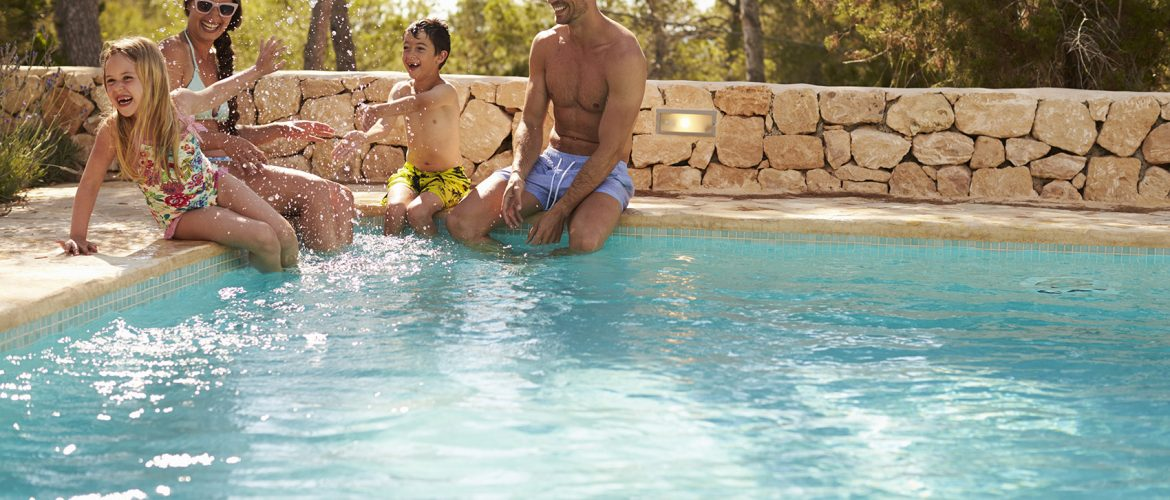 10 Great reasons to have a swimming pool
